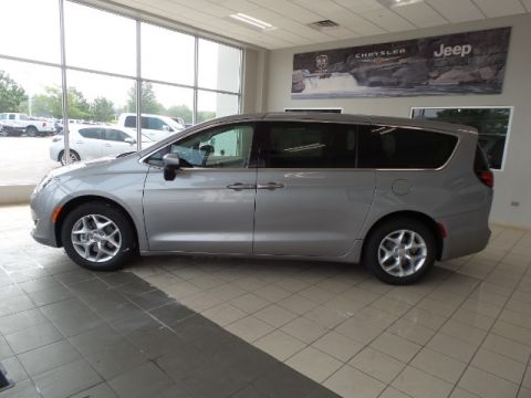 NEW 2017 CHRYSLER PACIFICA TOURING PLUS