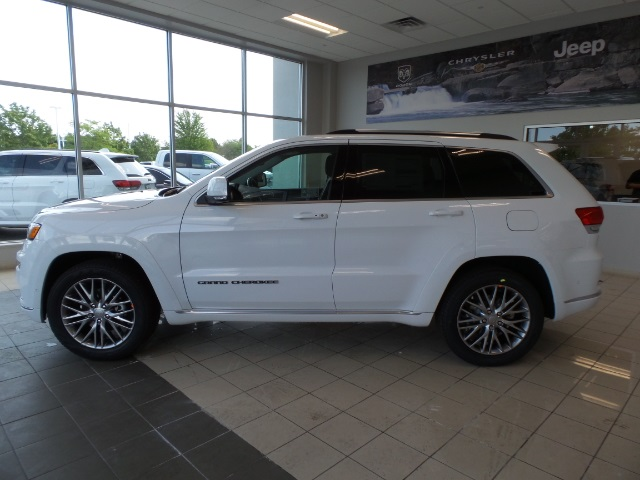 new 2018 jeep grand cherokee summit 4d sport utility in gurnee 180060 gurnee chrysler jeep. Black Bedroom Furniture Sets. Home Design Ideas